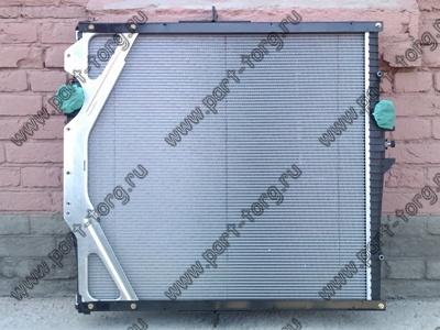 Радиатор охлаждения VOLVO с рамкой